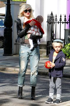 Chic New Moms: Notes on Style for the Duchess - Gwen Stefani gwenstefani, the duchess, fashion, chic momma, gwen stefanie, chic mama, new moms, style tips