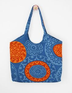 Retro market bag. I used this pattern to sew it: https://www.etsy.com/listing/154818967/market-tote-sewing-pattern-pdf-instant