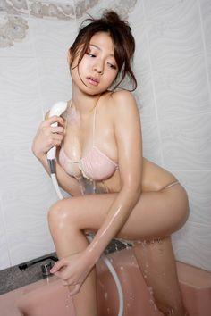 Japanese Gravure Idols • asiangravuregirl: