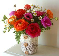 knitted vase & flowers