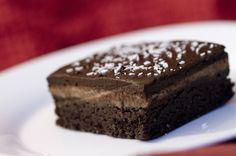 Raw, Vegan, Chocolate Peppermint Brownies