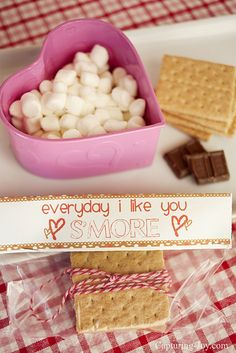 Valentine's S'mores Gifts + free printable KristenDuke.com