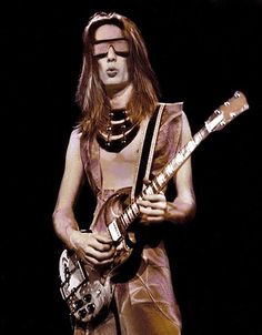 Todd Rundgren played the Music Box in Omaha.