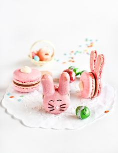 Easter Bunny Macaroons #Recipe #Easter