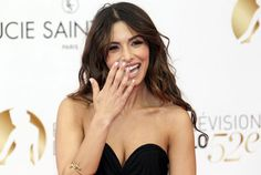 #Sarah #Shahi article from #maxim tells about how to woo a woman