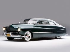 A sleek, beautiful 1949 Mercury Coupe. #vintage #1940 #cars