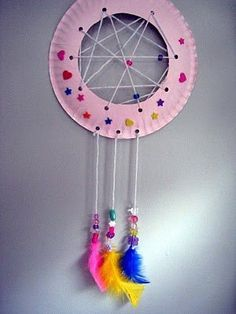 Dreamcatcher - love this simple idea to make an own dreamcatcher