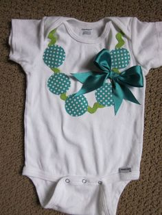 diy onesie neckleace with ric rac &bow; too cute!