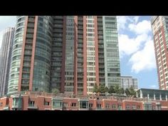 Downtown Chicago tour via Chicago river