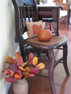 playingwithmycamera: it's time for fall decor