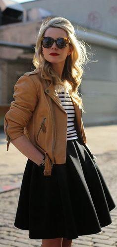 Camel leather + black / stripes