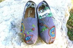 Paisley TOMS shoes // #TOMSshoes TOMS Shoes #OneforOne One for One #StyleYourSole Style Your Sole #DIY