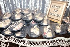 Eat Cake for breakfast! Cake to-go boxes! @kirstenblowers @jessicakersey @prattplaceinn
