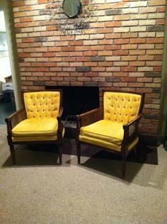 Si no sabes como limpiar las sillas de tu casa y están comenzando a ensuciarse, este post es para ti, pasos sencillos para limpiar las sillas de tela. http://www.linio.com.mx/hogar/