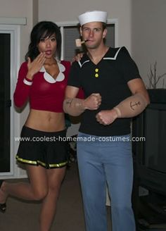 Couple costume popeye and olive