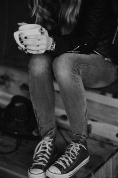 Source: m-0-r-g-a-n-a jean, fashion, style, converse, coffee, outfit, star, leather jackets, shoe