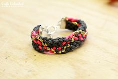 Paracord Kumihimo Bracelet Tutorial - Great Gift for Under $10!