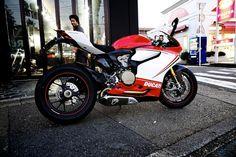 ducati bad land, motor bike, crotch rocket