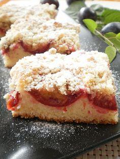 Prajitura pufoasa cu prune | Retete Culinare - Bucataresele Vesele
