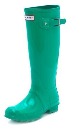 Hunter Boots Original Tall Rain Boots  http://rstyle.me/n/fxq4hpdpe