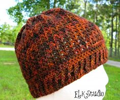 Autumn #crochet beanie free pattern from @ElkStudio_
