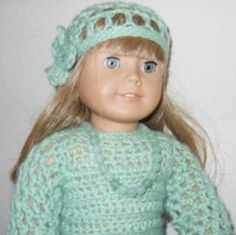 Free American Girl crochet hat pattern with flower that is ideal for beginners.
