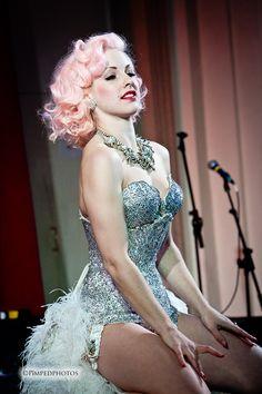 Burlesque Costume & pink wig