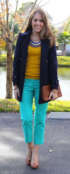 turquoise-pants-outfit