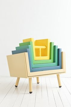 Chair grows with the child -- remove inserts as he or she grows, so clever!  #kids #decor