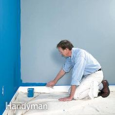 A veteran painting contractor shares his secrets for painting walls fast, yet producing first-rate results. You can easily master these techniques too, and get a professional-looking finish.