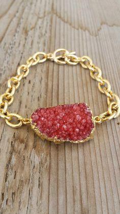 Raspberry Druzy Bracelet with gold chain by joydravecky on Etsy, $64.00 Joy Dravecky www.etsy.com/shop/joydravecky