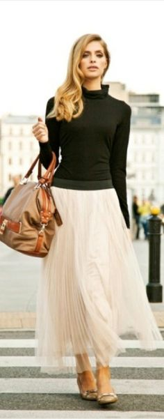 FrontDoorFashion.com - Professionally styled outfits delivered straight to your door! #requestaboxtoday