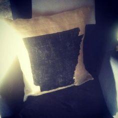 silhouette burlap pillow. $75.00, via Etsy.