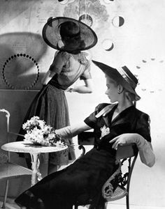 Lisa Fonssagrives and model - 1938 - New York - Vogue - Photo by Horst P. Horst - @~ Mlle vintag, vogue, fashion, model, horst, lisa fonssagr, 1938, organdi dress, hat