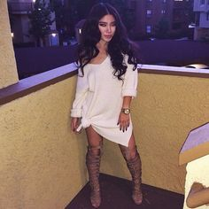 Those gladiator heels and a simple neutral long top or dress