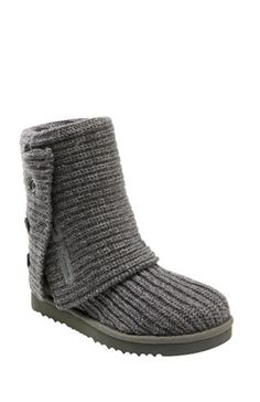 LOVE it #UGG #fashion This is my dream ugg boots-fashion ugg boots!!- luxury ugg boots. Click pics for best price ♥ugg boots♥ #uggboots