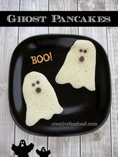 Halloween Ghost Pancakes (she: Michelle) - Or so she says...