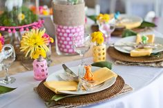 safari baby shower tablescapes