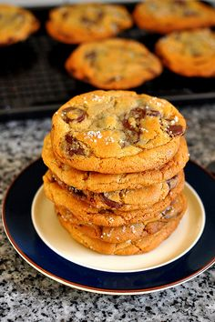 "New York Times ""Perfect"" chocolate chip cookie {recipe}"