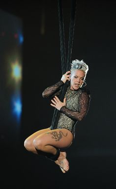 Pink Spun In The Air Like Cirque Du So SLAY At The Grammys! And YOUR FAVES COULD NEVER!