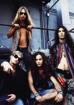 Alice in Chains.