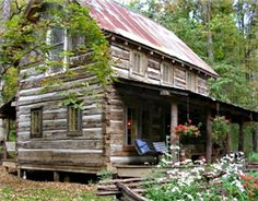 little log cabin in the woods...Perfect!