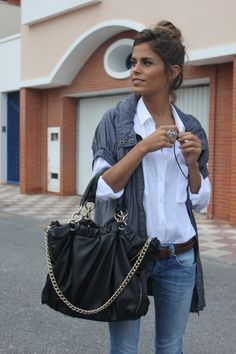 jacket, jean, fashion, purs, white shirts, fall looks, fall outfits, casual looks, big bags