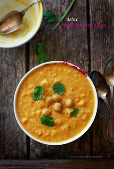 Yummy Mummy Kitchen: Vegan Mulligatawny Soup + 10 Healthy Soup Recipes to Warm You Up
