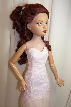 Strapless dress for ellowyne