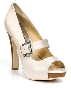 Mary Jane pumps
