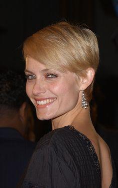 Amber Valletta Hair