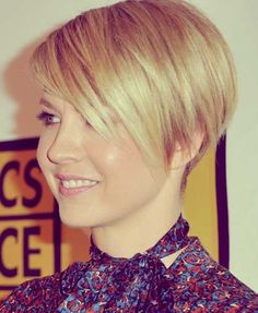 15 Chic Short Haircuts: Perfectly Short Hairstyle with Side Bangs