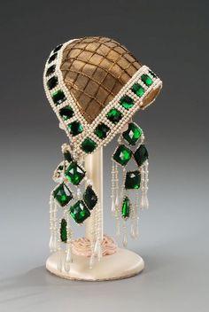 head piec, 1920s headdress, costumes, headpiec, emerald, fashion art, diamond earrings, vintage hats, art deco