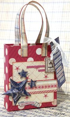 DIY Gift Bag by Authentique Paper Design Team Member Loes de Groot